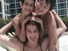 Isabelli Fontana faz careta com os filhos e aproveita piscina