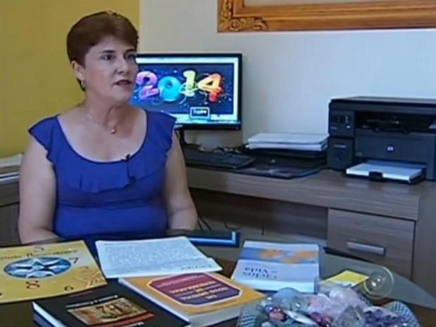 Numeróloga Isabel Miranda diz que 2014 será um ano bom para os estudos (Foto: Reprodução/ TV TEM)