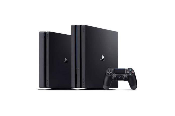 PS4 Slim e PS4 Pro lado a lado (Foto: Divulgação/Sony)