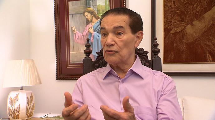 Divaldo Franco fala sobre existência de Deus (Foto: TV Bahia)