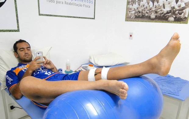 Roger Guerreiro inicia recuperação no Comercial