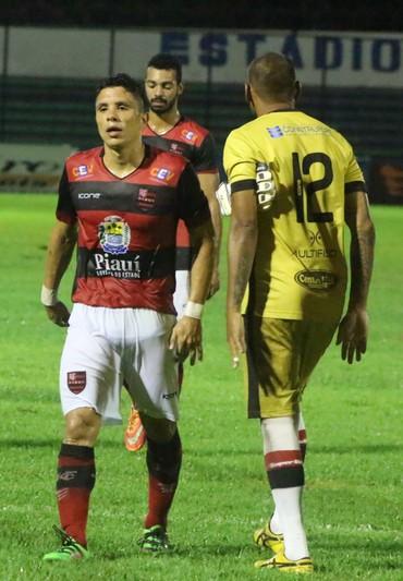 Leo Maceio Flamengo-PI (Foto: Renan Morais )