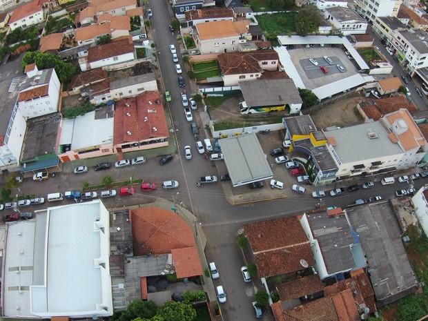 São Gotardo postos cheios  (Foto: Silas Nogueira/Divulgação)