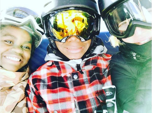 Os filhos de Madonna de férias na Suíça (Foto: Instagram)