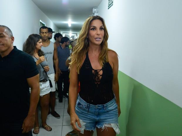 Ivete Sangalo em show em Salvador, na Bahia (Foto: André Muzell/ Brazil News)