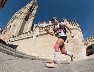 Fernanda Maciel faz caminho de Santiago de Compostela correndo (Foto: Divulgação)