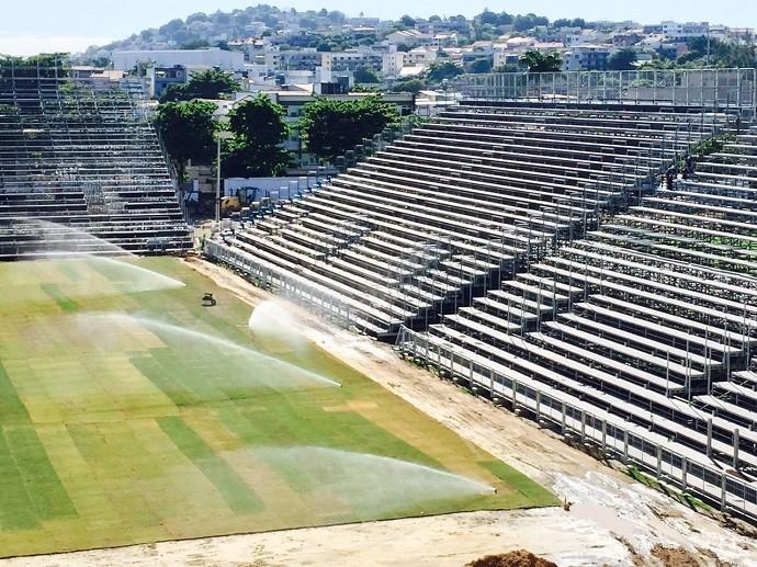Estádio Luso-Brasileiro, na Ilha do Governador, será usado pelo Flamengo (Foto: Rafael Strauch / Divulgação Flamengo)