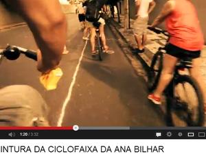 Grupo diz ter gastado R$ 300 para pintar três quilômetros de ciclofaixas (Foto: YouTube/Massa Crítica/Reprodução)