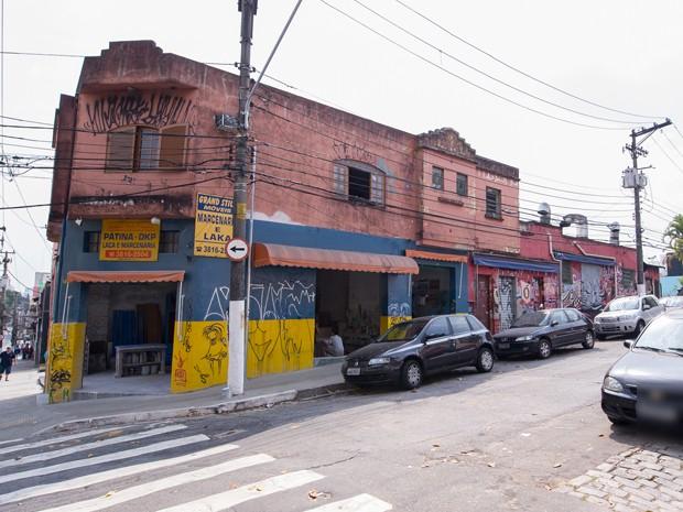 Sobrado na esquina entre as ruas Cardeal Arcoverde e Horácio Lane, na Vila Madalena, foi comprado pela família Martins em 1958 (Foto: Flávio Moraes/G1)