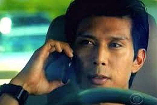 O ator havaiano Keo Woolford em cena de 'Hawaii Five-0' (Foto: Reprodução)