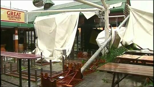 Austrália avaliam estragos após o ciclone Debbie
