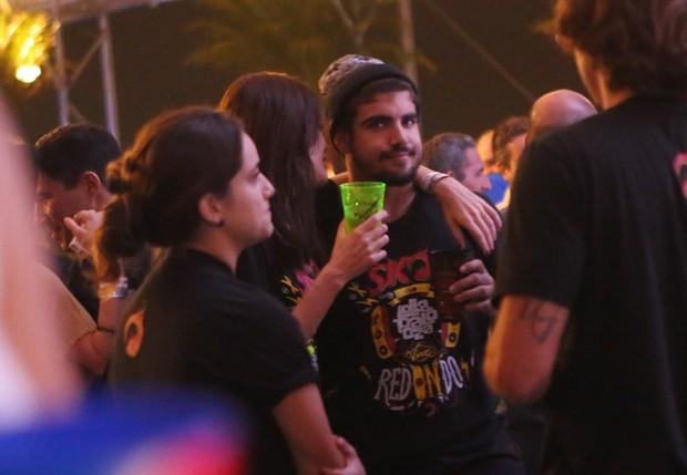 Maria Casadeval e Caio Castro (Foto: Iwi Onodera / EGO)