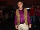 Ary Fontoura arrasa em look estilo 'Woodstock'  em noite de festival