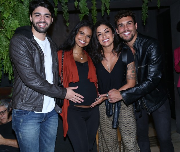 Rafael Cupello, Aline Dias, Aline Riscado e Felipe Roque (Foto: Anderson Borde/Agnews)