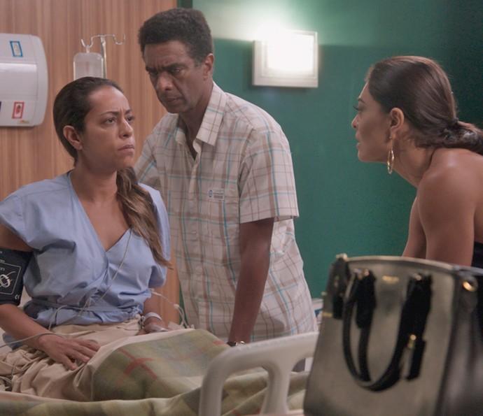 Dorinha surpreende Zé Pedro e Carolina (Foto: TV Globo)