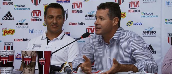 Rogério Barizza, presidente do Botafogo-SP, e Doriva, técnico do Botafogo-SP (Foto: Antônio Luís / EPTV)