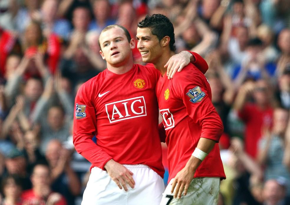 Cristiano Ronaldo nos tempos de Manchester United, ao lado de Rooney, onde brilhou entre 2003 e 2009 (Foto: Getty Images)