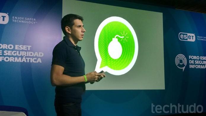 Bombas no WhatsApp! Golpes usam mensageiro para prejudicar usuários (Foto: Melissa Cruz / TechTudo)
