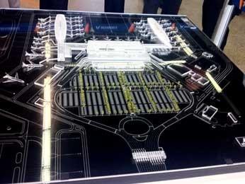 Maquete de como deve ficar o aeroporto JK após as obras de ampliação do terminal (Foto: Lucas Nanini/G1)