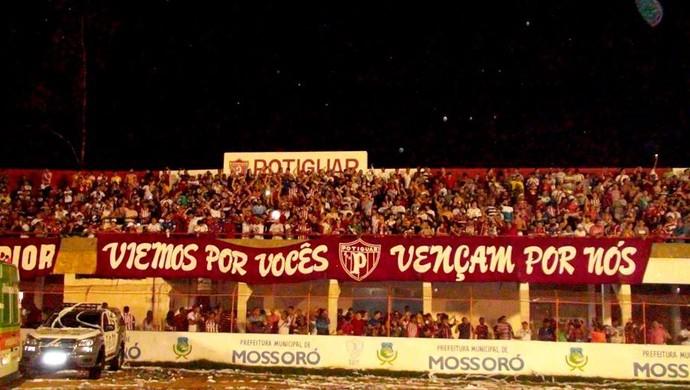 RN - Potiguar de Mossoró torcida Estádio Nogueirão (Foto: Marcelo Diaz/Divulgação)