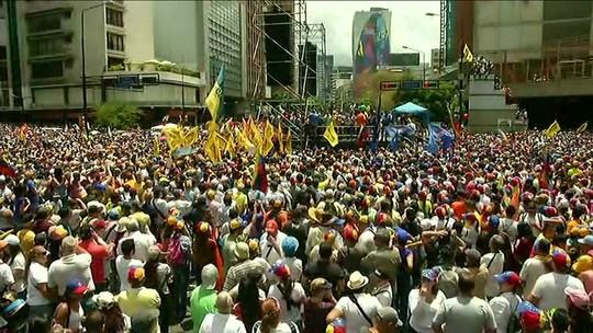 Manifestantes vão novamente às ruas da Venezuela contra Maduro