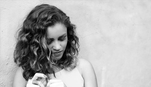 Laila Nassan será a atração dos Jovens Tardes desse sábado, 22 (Foto: Divulgação/Reprodução)