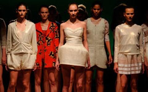Desfile Maria Bonita Extra no Fashion Rio (inverno 2012)
