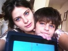 Isabeli Fontana posta foto ao lado do filho caçula