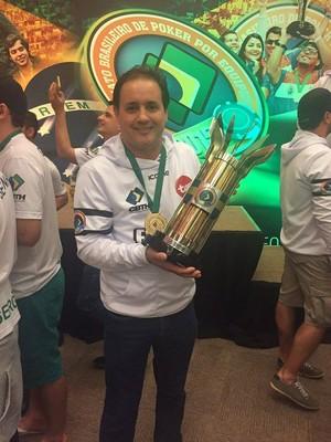 Valden Bessa, campeão brasielrio de pôquer 2015 por equipes (Foto: Valden Bessa/arquivo pessoal)