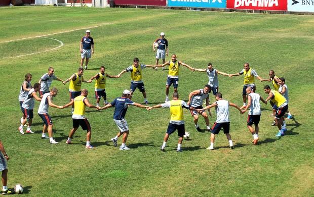 Fred na roda treino Fluminense (Foto: Rafael Cavalieri / Globoesporte.com)