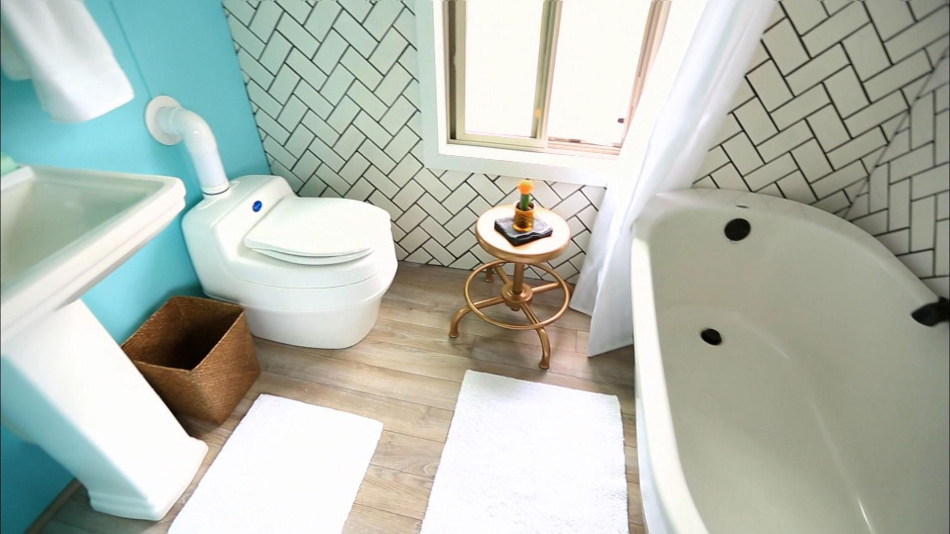 Casa de 20m² comporta banheira cozinha completa quarto de casal e  #2D757B 1920 1080