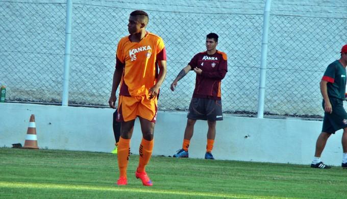 Erick Luís já treinou com a equipe na tarde desta quinta-feira (4) no CT da Rua Paraná (Foto: Divulgação Boa Esporte)