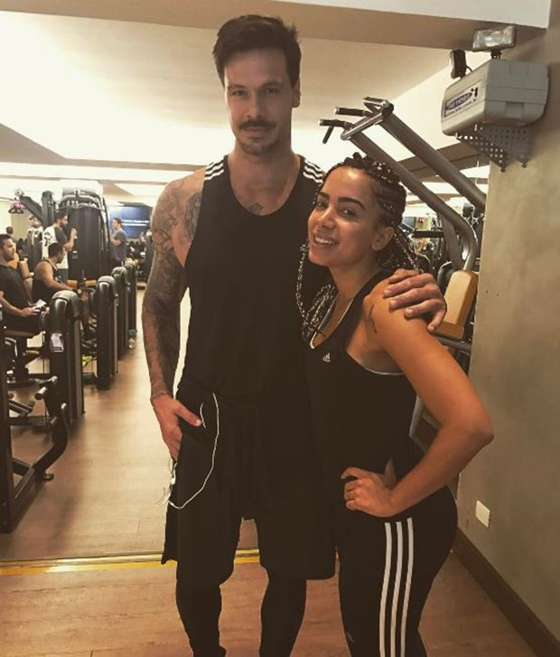 Flavio Mendonça e Anitta (Foto: Instagram / Reprodução)