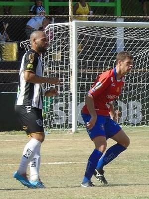 Sport-ES perdeu para o Atlético-ES por 4 a 1, no Sumaré (Foto: Wildson Lesqueves/Atlético-ES)