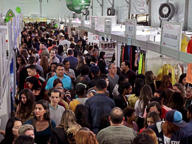 Quarta edição da feira de descontos acontece no feriado (Foto:  Magno Ferreira/Divulgação)