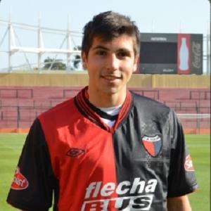Mugni é o camisa 10 do Colón, da Argentina (Foto: Divulgação)