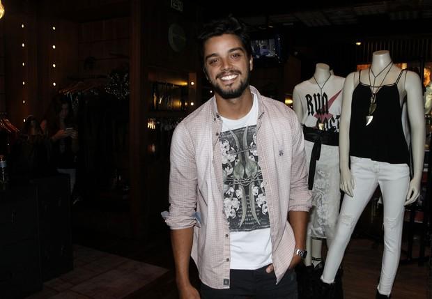 Rodrigo Simas (Foto: Celso Tavares/EGO)
