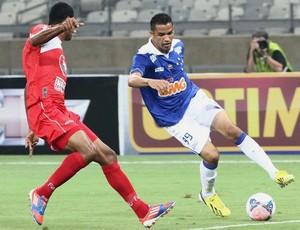 Anselmo Ramon abriu o marcador contra o América TO (Foto:  Denilton Dias / VIPCOMM)