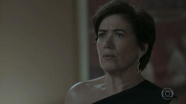 Silvana conta para Caio Irene está interessada em Eugênio