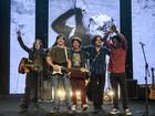 Rock Story: Banda 4.4 fala de sucesso, preparação e rotina de ensaios