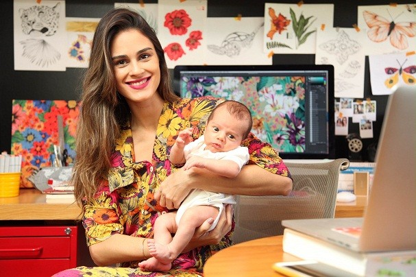 """Clau Cicala passou de """"designer 24h"""" para """"designer & mãe do Luca (Foto: Divulgação / Sidney Tuma)"""