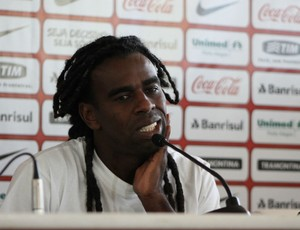 Tinga, nova contratação do Cruzeiro (Foto: Diego Guichard/GLOBOESPORTE.COM)