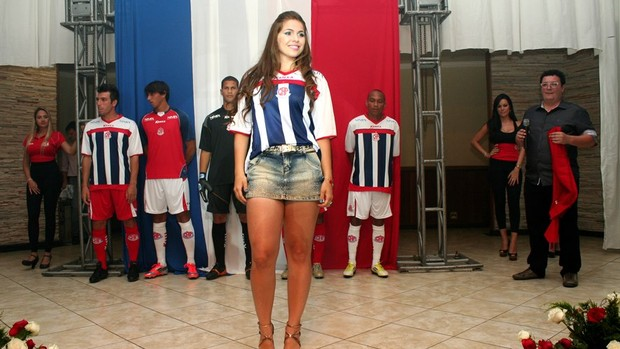 Ingrid Ribeiro Musa Penapolense (Foto: Silas Reche / CA Penapolense)