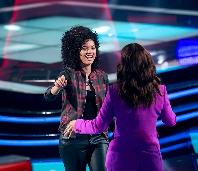 Bell Lins ganha abraço de Ivete Sangalo após soltar a voz em Audição (Foto: Isabella Pinheiro/Gshow)