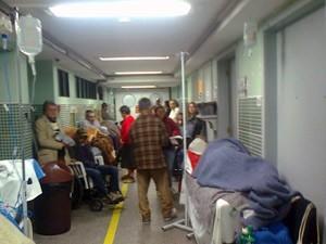 Atendimento em hospital (Foto: Antonio Peixoto Oliveira/RBS TV)