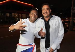 Compadre Washington e Beto Jamaica (Foto: Celso Tavares/EGO)