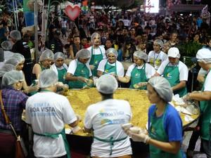 Prefeitura estimou servir 25 mil pessoas  (Foto: Inaê Brandão/G1)