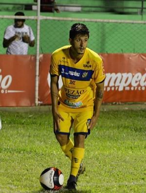 Rodrigo Alves, meia (Foto: Iporá Esporte Clube)