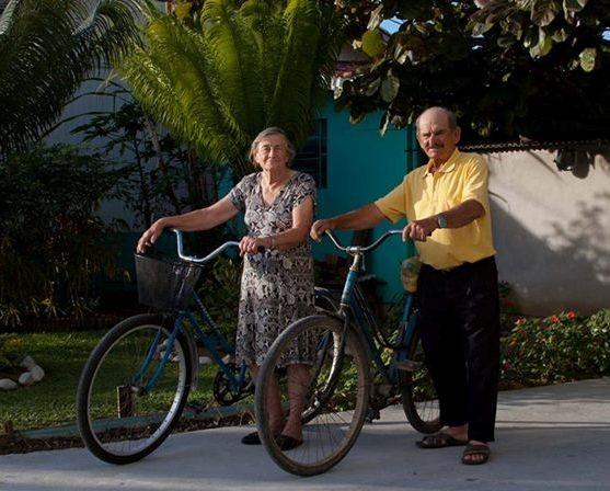 Casal sempre anda de bicicleta (Foto: Eduardo Daniel/Divulgação)