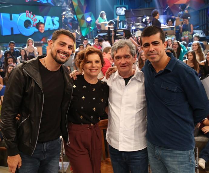 Serginho recebe Cauã Reymond, Débora Bloch e Marcius Melhem (Foto: Carol Caminha/Gshow)